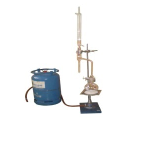 For determining water in crude petroleum, tars and product derived from these materials