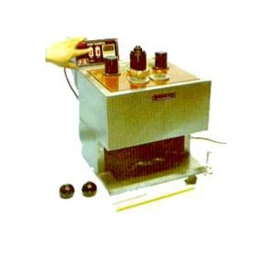 For determining saybolt viscosity of petroleum products at specified temperature between 21.1 and 98.8°C