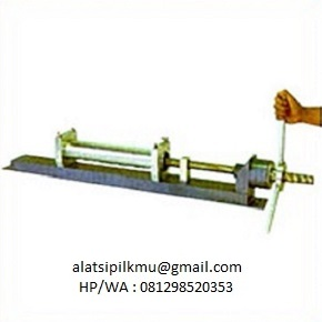 For extruding soil speciment from 68 mm dia sampling tube (hand boring part SO-117), welded steel, screw type.